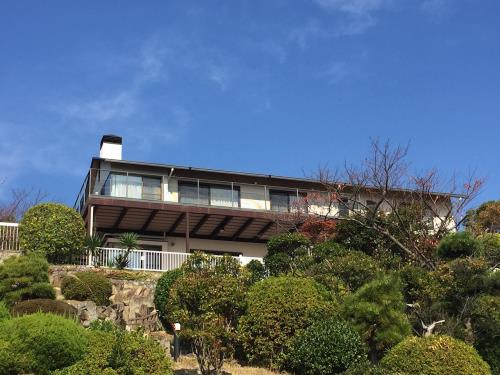 Exterior of Shioya Expats House 50